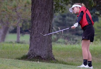 Kinley has 4 birdies to lead Mohawk girls