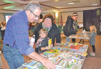Author, illustrator shares talents with Upper students