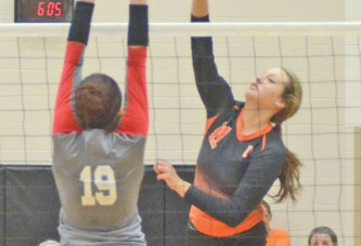 Tigers start strong, beat Rams in 4