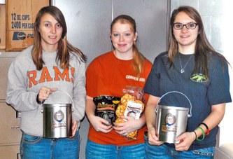 Trio named top saleswomen in USHS marketing club popcorn fundraiser