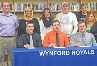 Wynford has 3 sign with UF