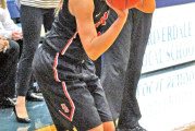 Upper's rally comes up short