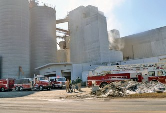 No one injured in Kalmbach fire