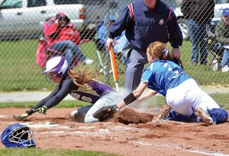 Riverdale sweeps softball doubleheader against Ada