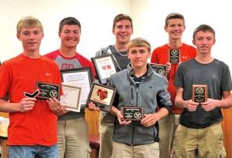 Upper hands out awards; Barth receives Golden Racquet Award