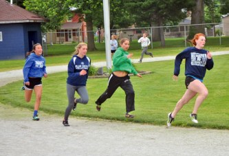 Zimmer, Wickiser, relay to represent Carey at state