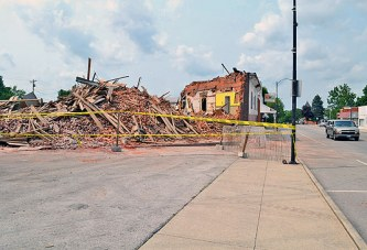 'The Mill' comes down in Sycamore