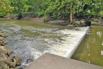 Residents, canoe enthusiasts want action after deaths at low-head dam