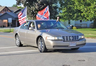 2 Sycamore officials give apologies to couple for Confederate flag controversy