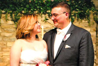 Stebbins, Barth exchange vows
