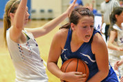 Frey helps Falcons hold off Eagles
