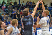 Wynford withstands 20-0 run