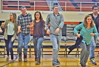 Power of minds: Upper Sandusky FFA brings hypnotist show to city