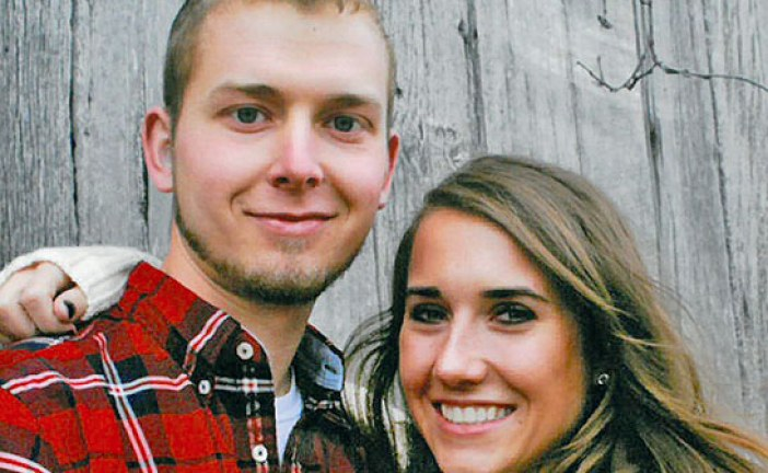 Crum, Bowen announce engagement