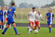 Flurry of goals late in 1st half leads Rams to win over Vikings