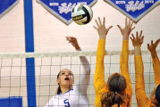 Eagles top Royals after dropping 1st set