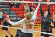 Bellevue holds on in final 2 sets to sweep