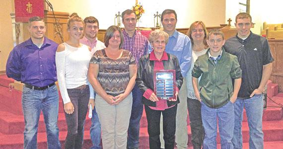 Stillberger named volunteer of 2016