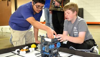 US Robotics Club prepares for open house