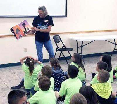 Kindergarten kids visit MCL